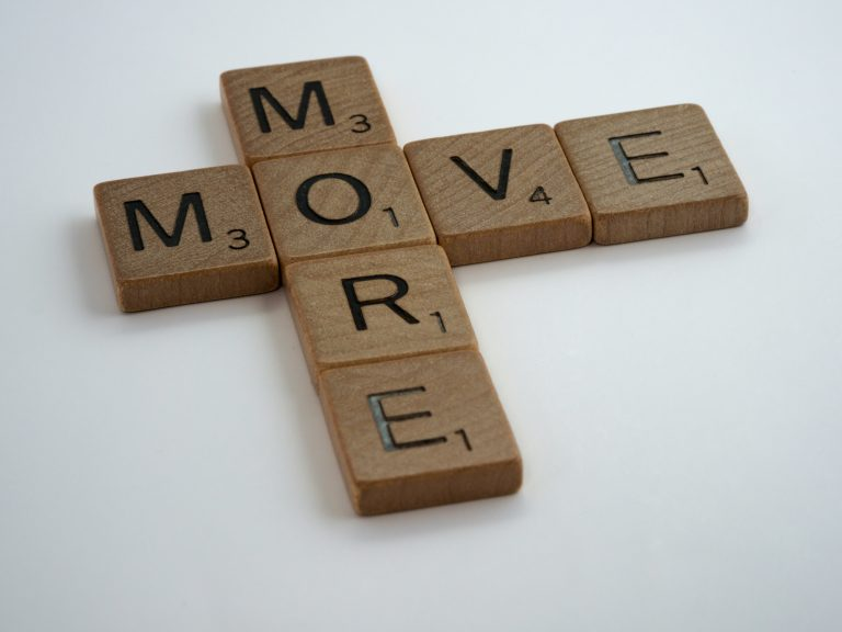 Moving our mood while staying at home – a short movement sequence (Video)
